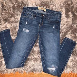 ◾️2/$10◾️HOLLISTER Super Skinny Jeans 3R